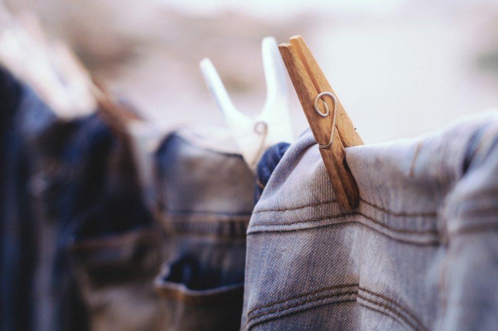 Guide pour laver correctement les vêtements féminins