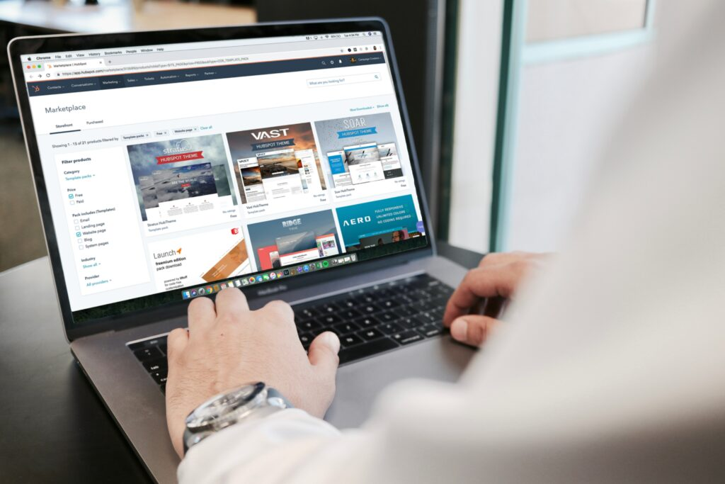 Comment choisir son fournisseur internet le plus fiable à Montréal ?